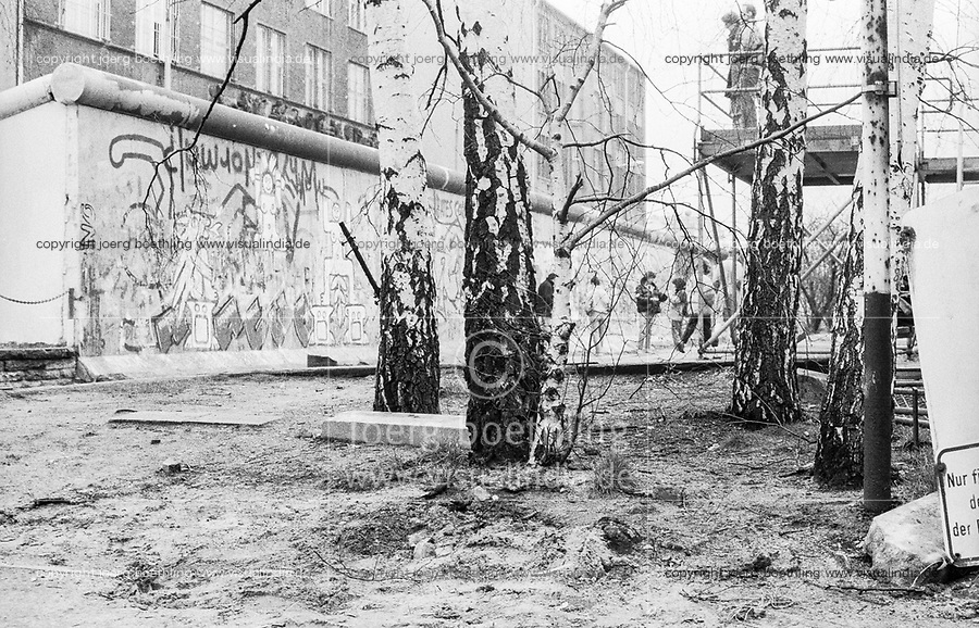 West Germany, Berlin, the wall in year 1988 viewed from West Berlin