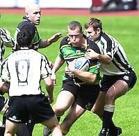 19/05/2002.Sport -Rugby Union- Zurich Championship Quarter final.London Irish v Northampton.Saints Rob Hunter looking for the gap...[Mandatory Credit, Peter Spurier/ Intersport Images].