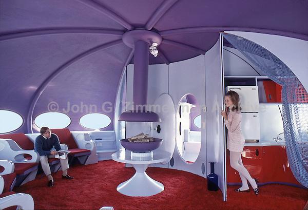 Futuro Interior, Philadelphia, 1969. Photo by John G. Zimmerman