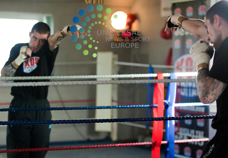 Boxer Ricky Burns trains before takes.on Michael Katsidis on November 5 for world lightweight title .Picture: Johnny Mclauchlan News and Sport (Europe)19/10/2011