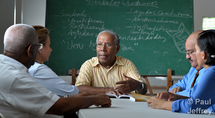 Samuel Grano de Oro is a United Methodist missionary in the Dominican Republic, where he serves as dean of the Evangelical Theological Seminary of the Dominican Evangelical Church. Here he teaches a class at the seminary, located in Santo Domingo.
