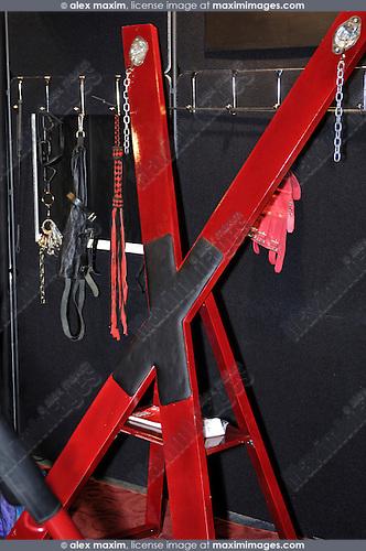 BDSM restraints Dungeon furniture
