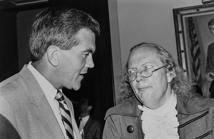 Rep. Tom Ridge, R-Pa., and Benjamin Franklin (Ralph Archbold) at Pennsylvania Society fundraiser dinner in the Cannon Caucus Room on  June 30, 1990. (Photo by Laura Patterson/CQ Roll Call)