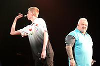 GRONINGEN - Darten, King of Darts, Martiniplaza, 22-01-2019, Wessel Nijman en Darryl Fitton