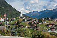 Schweiz, Graubuenden, Bezirk Albula, Dorf Schmitten mit Barockkirche Allerheiligen, im Albulatal zwischen Davos und Lenzerheide | Switzerland, Graubuenden, District Albula, village Schmitten with baroque church All Saints, at Albula Valley between Davons and Lenzerheide