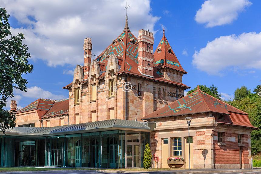 France, Allier (03), Néris-les-Bains, gare de Néris-les-Bains, devenue le Pavillon du Lac // France, Allier, Neris les Bains, former railway station now the Pavillon du Lac