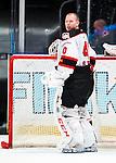 Stockholm 2014-10-14 Ishockey Hockeyallsvenskan AIK - Malm&ouml; Redhawks :  <br /> Malm&ouml; Redhawks m&aring;lvakt Pontus Sj&ouml;gren ser fundersam ut<br /> (Foto: Kenta J&ouml;nsson) Nyckelord:  AIK Gnaget Hockeyallsvenskan Allsvenskan Hovet Johanneshov Isstadion Malm&ouml; Redhawks portr&auml;tt portrait fundersam fundera t&auml;nka analysera depp besviken besvikelse sorg ledsen deppig nedst&auml;md uppgiven sad disappointment disappointed dejected