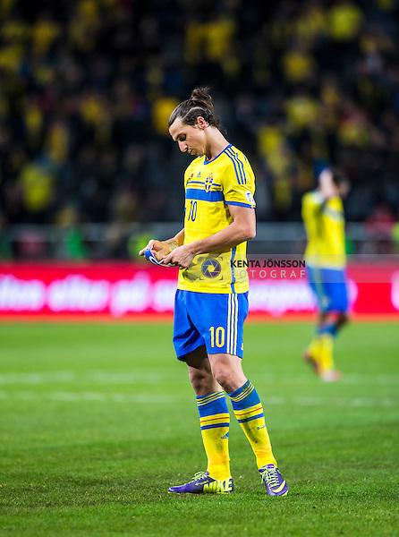 Solna 2013-11-19 Fotboll VM-kval Playoff , Sverige - Portugal :  <br /> Sverige Zlatan Ibrahimovic ser deppig ut efter matchen <br /> (Photo: Kenta J&ouml;nsson) Keywords:  Sweden Portugal depp besviken besvikelse sorg ledsen deppig nedst&auml;md uppgiven sad disappointment disappointed dejected