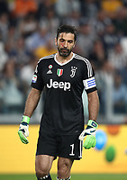Calcio, Serie A: Juventus - Napoli, Torino, Allianz Stadium, 22 aprile, 2018.<br /> Juventus' captain and goalkeeper Gianluigi Buffon reacts during the Italian Serie A football match between Juventus and Napoli at Torino's Allianz stadium, April 22, 2018.<br /> UPDATE IMAGES PRESS/Isabella Bonotto
