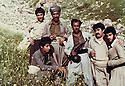 Iraq 1981.Hama Haji Mahmoud with his peshmergas in Surien .Irak 1981 .Hama Haji Mahmoud avec ses peshmergas a Surien
