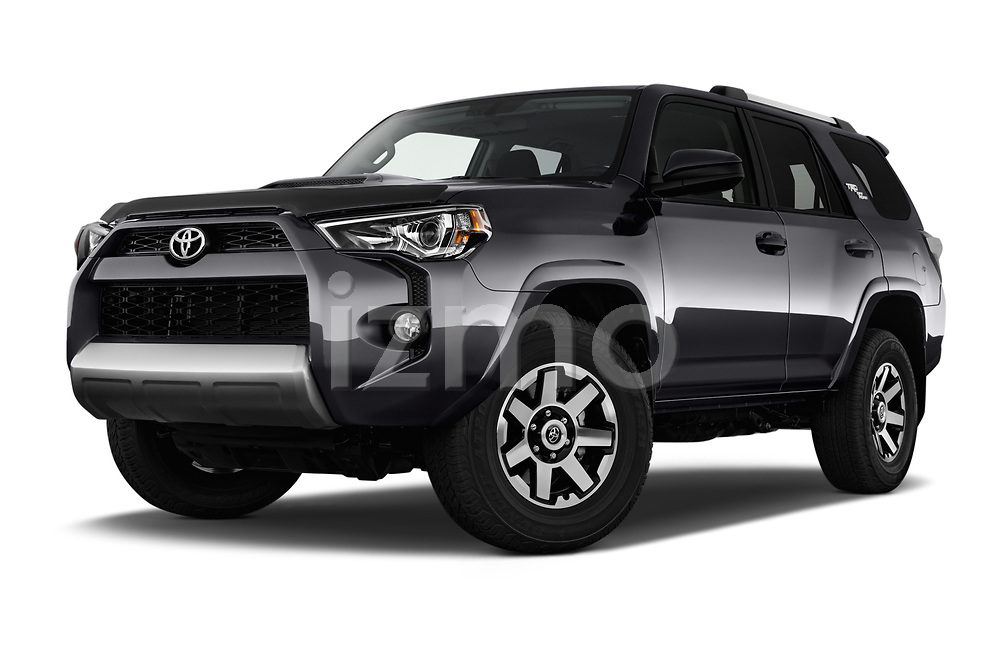 Stock pictures of low aggressive front three quarter view of 2017 Toyota 4Runner Off-Road 5 Door SUV