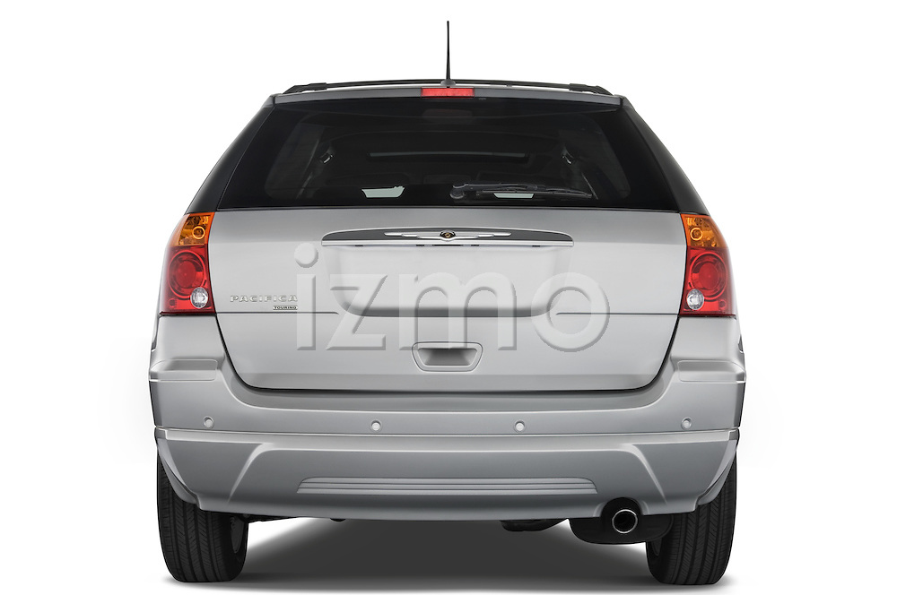Straight rear view of a 2008 Chrysler Pacifica