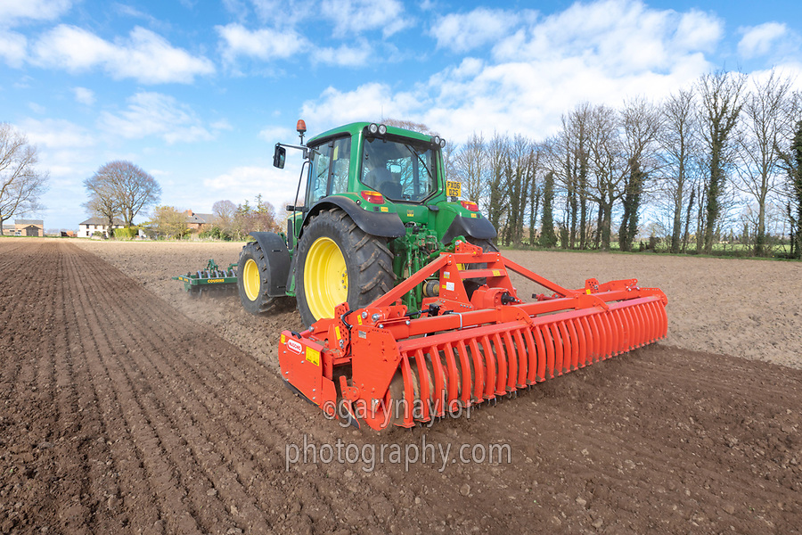 Cultivating for spring barley - Lincolnshire, March