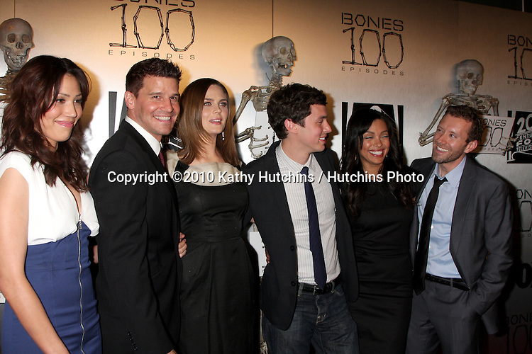 "Michaela Conlin, David Boreanaz, Emily Deschanel, John Francis Daley, Tamara Taylor, TJ Thyne.arrives at the ""Bones"" 100th Show Party.650 North.Los Angeles, CA.April 7, 2010.©2010 Kathy Hutchins / Hutchins Photo..."