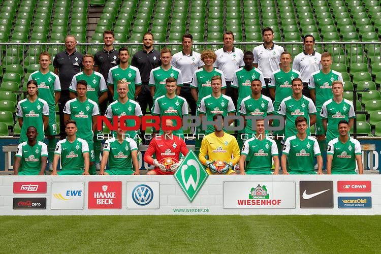 10.07.2015, Weser-Stadion, Bremen, GER, 3.FBL, Pressetermin Mannschaftsfoto Werder Bremen U23<br /> <br /> im Bild<br /> Mannschafsfoto der Saison 2015/2016 (vlnr)<br /> <br /> Spieler untere Reihe: Mohamed Aidara (#8), Artur Piperkov (#2), Philipp Eggersgl&uuml;&szlig; / Eggersgluess (#13), Tobias Duffner (#22), Eric Oelschl&auml;gel / Oelschlaegel (#43), Martin Kobylanski (#36), Enis Bytyqi (#46), Onur Capin (#7).<br /> <br /> Spieler mittlere Reihe: Tobias Schwede (#48), Pedro G&uuml;thermann / Guethermann (#21), Marcel Hil&szlig;ner (#33), Bj&ouml;rn / Bjoern Rother (#6), Leon Lingerski (#18), Leon Guwara (#29), Angelos Argyris (#5), Thore Jacobsen (#3).<br /> <br /> Spieler obere Reihe: Timo Dressler (#16), Rafael Kazior (#32), Torben Rehfeldt (#31), Patrick Mainka (#24), Jesper Verlaat (#4), Ousman Manneh (#47), Maik Lukowicz (#9), Ole K&auml;uper / Kaeuper (#14).<br /> <br /> Oberste Reihe: Benno Urbainski (Betreuer), Jan-Claas Bente (Physiotherapeut), Dr. Alberto Scheck (Mannschaftsarzt), Torwart-Trainer Manuel Klon (Bremen U23), Co-Trainer Thorsten Bolder (Bremen U23), Co-Trainer Florian Bruns (Bremen U23), Trainer Alexander Nouri (Bremen U23) <br /> <br /> Es fehlen: Karim Raho (#23), Raif Husic (#40), Burak Yigit (#49) <br /> <br /> Foto &copy; nordphoto / Ewert