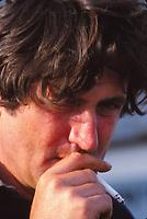 Route du Rhum 1982, Olivier de Kersauson fumant... une gauloise ?