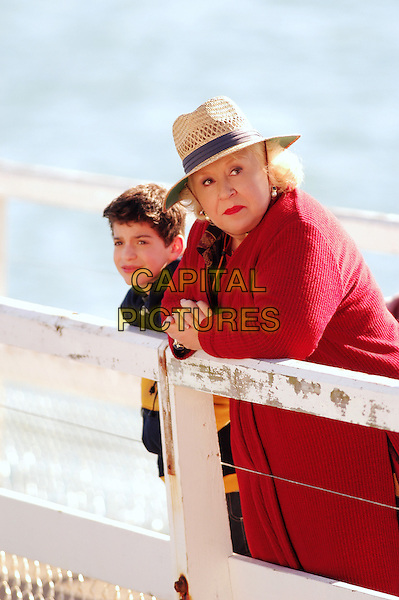 Jeremy Bergman & Doris Roberts.in Raising Waylon .*Filmstill - Editorial Use Only*.CAP/NFS.Supplied by Capital Pictures.