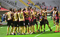 IBAGUE -COLOMBIA, 05-03-2019: Jugadores del Tolima celebran después de anotar el primer gol durante partido por la fecha 1, grupo G, de la Copa CONMEBOL Libertadores 2019 entre Deportes Tolima de Colombia y Athletico Paranaense de Brasil jugado en el estadio Manuel Murillo Toro de la ciudad de Ibagué. / Players of Tolima celebrate after scoring the first goal during match for the date 1, grupo G, as part of Copa CONMEBOL Libertadores 2019 between Deportes Tolima and Athletico Paranaense of Brazil played at Manuel Murillo Toro stadium in Ibague. Photo: VizzorImage / Juan Carlos Escobar / Cont