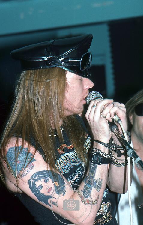 Guns-N-Roses-455.jpg