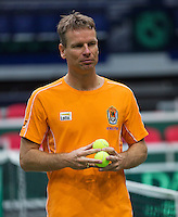 29-01-2014,Czech Republic, Ostrava,  Cez Arena, Davis-cup Czech Republic vs Netherlands, practice,Captain Jan Siemerink(NED)<br /> Photo: Henk Koster