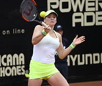 BOGOTÁ -COLOMBIA, 9-04-2018:Tereza Martincova de Checoslovaquia  ,durante el Claro Open Colsánitas que se juega en El Club Los Lagartos al norte de la Capital ./ Tereza Martincova (CZE), during the Claro Open Colsánitas that is played at El Club Los Lagartos north of the Capital. Photo: VizzorImage/ Felipe Caicedo / Staff