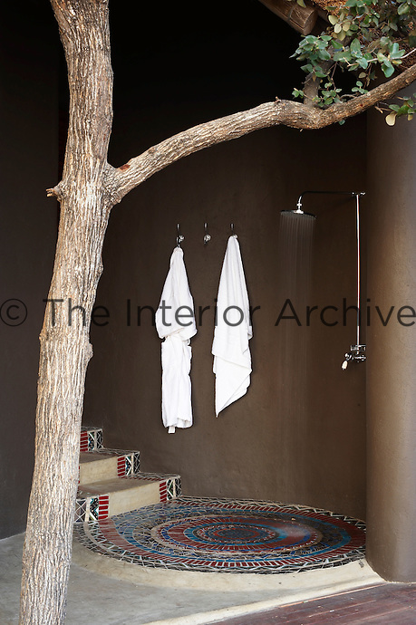 An outdoor shower at the Singita Pamushana Lodge, Malilongwe Trust, Zimbabwe