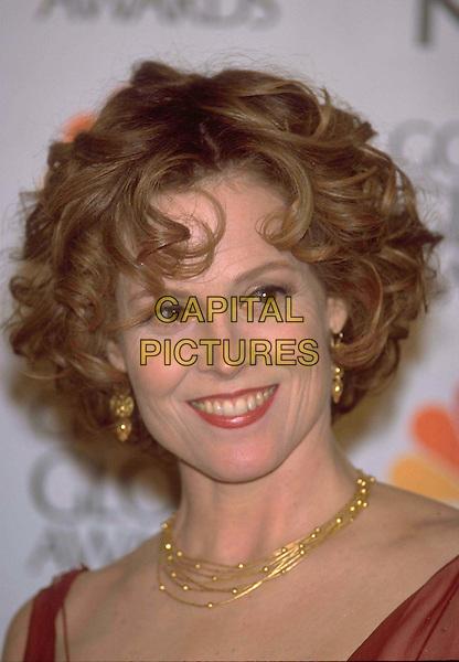 SIGOURNEY WEAVER..Golden Globe Awards 2001 ..Ref: 10304..headshot, portrait, gold necklace..www.capitalpictures.com..sales@capitalpictures.com..©Capital Pictures