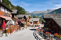 Switzerland, Canton Valais, Grimentz: resort at Val d'Anniviers | Schweiz, Kanton Wallis, Grimentz: Ferienort im Val d'Anniviers