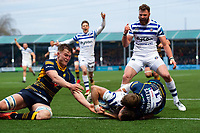 James Wilson of Bath Rugby crosses the Worcester Warriors try line but the ball isn't touched down. Gallagher Premiership match, between Worcester Warriors and Bath Rugby on January 5, 2019 at Sixways Stadium in Worcester, England. Photo by: Patrick Khachfe / Onside Images