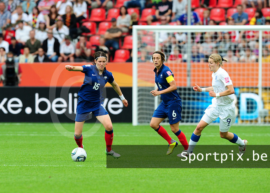 Fifa Women's World Cup Germany 2011 : England - France - at Leverkusen : Elise Bussaglia aan de bal.foto DAVID CATRY / Vrouwenteam.be