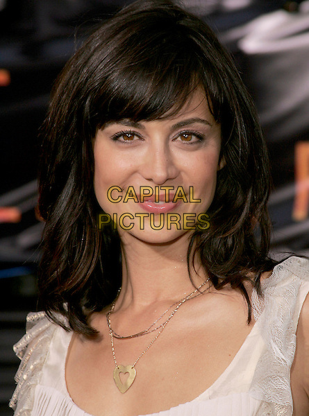 "CATHERINE BELL.The Los Angeles Premiere of ""Collateral"" held at The historic Orpheum Theatre in Downtown Los Angeles, California .August 2,2004.headshot, portrait, heart necklace.www.capitalpictures.com.sales@capitalpictures.com.Supplied By Capital Pictures"
