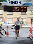 Brian McCluskey was third in the Turfman 10K run in Ardee. Photo:Colin Bell/pressphotos.ie