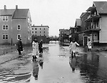 Summit and Riverside Streets during the October 1955 flood.