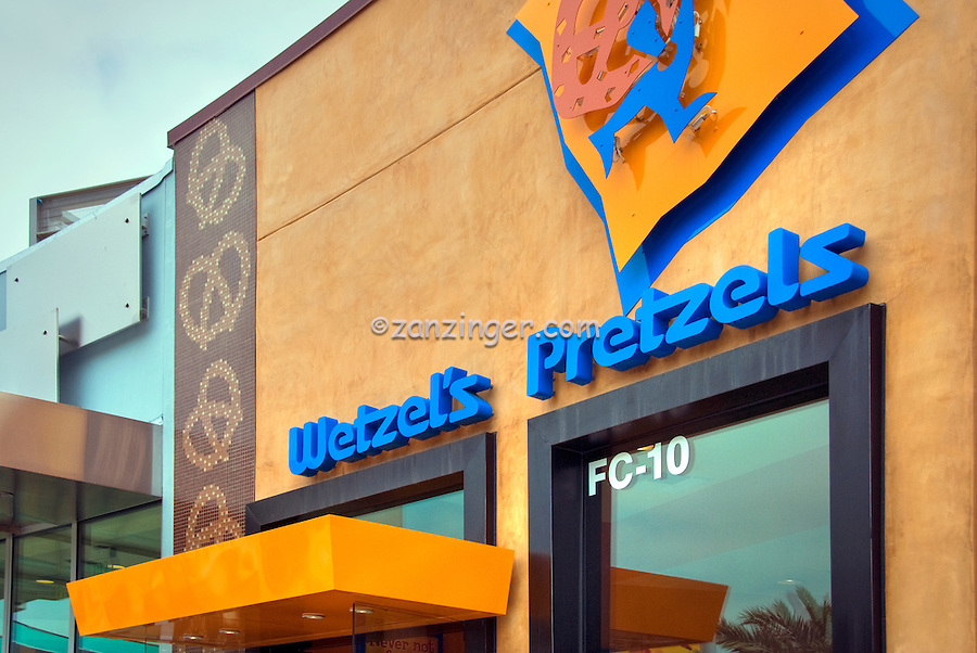 Wetzel's Pretzels, Food Court, Santa Monica Place, Santa Monica, CA; Dining, Fast Food, restaurant,