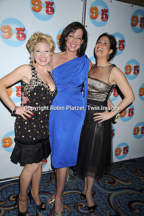 Megan Hilty, Allison Janney & Stephanie J Block