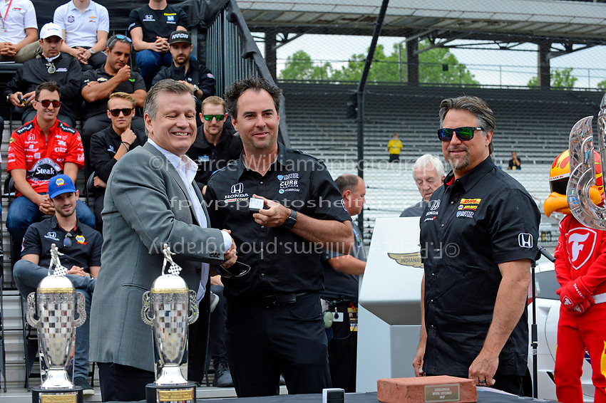 Verizon IndyCar Series<br /> Indianapolis 500 Drivers Meeting<br /> Indianapolis Motor Speedway, Indianapolis, IN USA<br /> Saturday 27 May 2017<br /> Team owners Bryan Herta and Michael Andretti receive their winner's rings.<br /> World Copyright: F. Peirce Williams