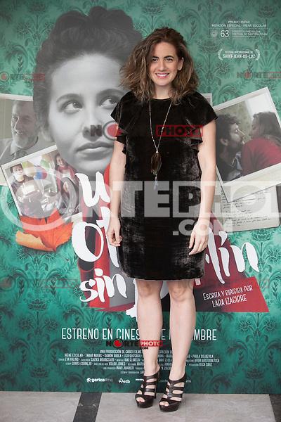 Movie director Lara Izagirre poses during `Un otono sin Berlin´ film presentation in Madrid, Spain. November 10, 2015. (ALTERPHOTOS/Victor Blanco)