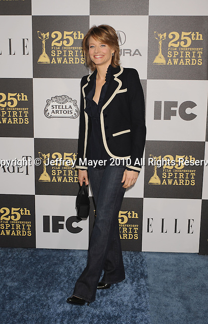 LOS ANGELES, CA. - March 05: Actress Jodie Foster arrives at the 25th Film Independent Spirit Awards held at Nokia Theatre L.A. Live on March 5, 2010 in Los Angeles, California.