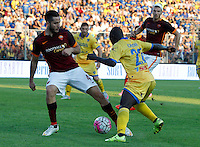 Calcio, Serie A: Frosinone vs Roma. Frosinone, stadio Comunale, 12 settembre 2015.<br /> Roma&rsquo;s Kostas Manolas, left, is challenged by Frosinone&rsquo;s Raman Chibsah during the Italian Serie A football match between Frosinone and Roma at Frosinone Comunale stadium, 12 September 2015.<br /> UPDATE IMAGES PRESS/Riccardo De Luca