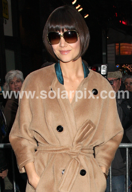 **ALL ROUND PICTURES FROM SOLARPIX.COM**.**SYNDICATION RIGHTS FOR UK, SPAIN, PORTUGAL, AUSTRALIA, S.AFRICA & DUBAI (U.A.E) ONLY**.Katie Holmes departing from filming Good Morning America, ABC Studios, New York City, NY, USA. 14th January 2008 ..JOB REF: 5593 PHZ    DATE: 14_01_2008.**MUST CREDIT SOLARPIX.COM OR DOUBLE FEE WILL BE CHARGED* *UNDER NO CIRCUMSTANCES IS THIS IMAGE TO BE REPRODUCED FOR ANY ONLINE EDITION WITHOUT PRIOR PERMISSION*