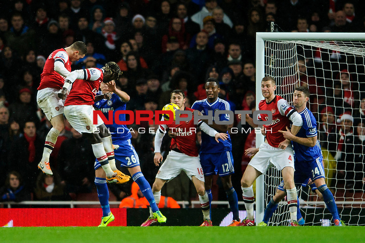 Arsenal Defender Bacary Sagna (FRA) heads towards goal during the second half of the match -  - 23/12/2013 - SPORT - FOOTBALL - Emirates Stadium - Arsenal v Chelsea - Barclays Premier League.<br /> Foto nph / Meredith<br /> <br /> ***** OUT OF UK *****