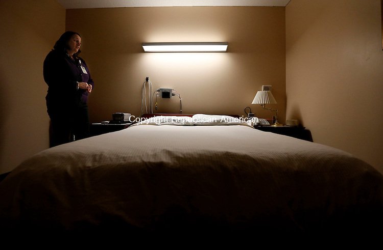 Middlebury, CT- 11 March 2015-031115CM05-  Donna Severson, a clinical sleep educator at the Waterbury Hospital Regional Sleep Center talks about some of the equipment in one of the sleep rooms in Middlebury on Wednesday.    Christopher Massa Republican-American