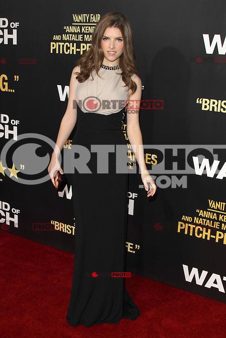 LOS ANGELES, CA - SEPTEMBER 17:  Anna Kendrick at the ' 'End of Watch' film premiere at Regal Cinemas L.A. Live on September 17, 2012 in Los Angeles, California. &copy;&nbsp;mpi26/MediaPunch Inc. /NortePhoto<br /> <br /> **CREDITO*OBLIGATORIO** *No*Venta*A*Terceros*<br /> *No*Sale*So*third* ***No*Se*Permite*Hacer Archivo***No*Sale*So*third*