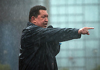 Venezuela: Caracas,04/10/12 .Venezuelan President Hugo Chavez gives a speech to his followers, under heavy rain, during the closing rally of his campaign in Caracas, three days after the presidential elections on October 7, where he seeks reelection for a further period of six years, after 14 years ruling Venezuela..Carlos Hernandez/Archivolatino