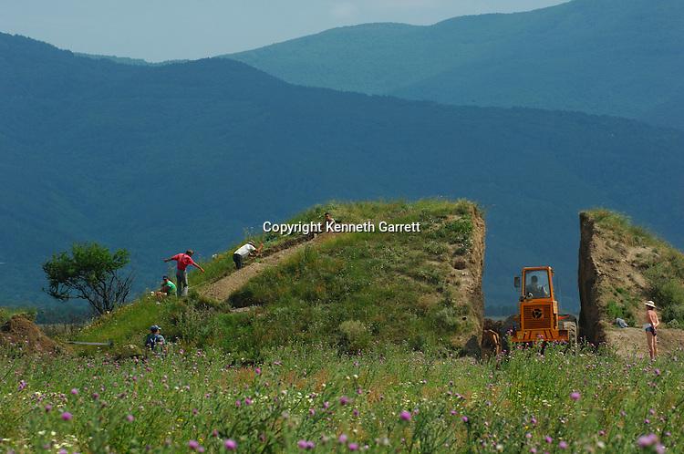 Bulgarian Gold Rush, Dr. Kitov, Excavation, Kazanluk, Shipka, Valley of the Thracian Kings, Bulldoze