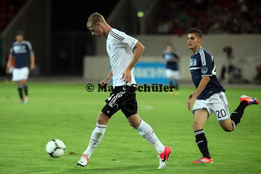Lasse Sobiech (D) gegen Mauro Icardi (ARG)