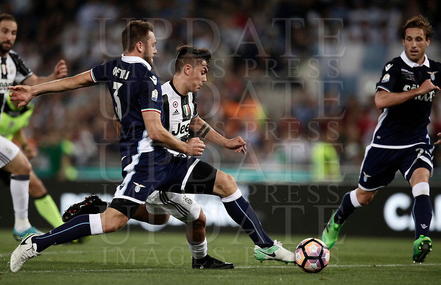 Calcio, Tim Cup: finale Juventus vs Lazio. Roma, stadio Olimpico, 17 maggio 2017.<br /> Juventus' Paulo Dybala, right, is challenged by Lazio's Stefan de Vrij, during the Italian Cup football final match between Juventus and Lazio at Rome's Olympic stadium, 17 May 2017.<br /> UPDATE IMAGES PRESS/Isabella Bonotto