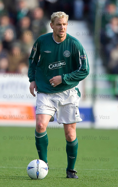 Stephane Henchoz, Celtic.stock season 2004-2005.pic willie vass