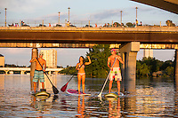 Austin has become the Stand Up Paddle (SUP) Capital of the world with its pristine lakes - Stock Image