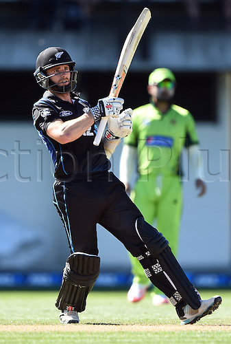 03.02.2015. Napier, New Zealand.  Kane Williamson batting during his century innings. ANZ One Day International Cricket Series. Match 2 between New Zealand Black Caps and Pakistan at McLean Park in Napier, New Zealand.